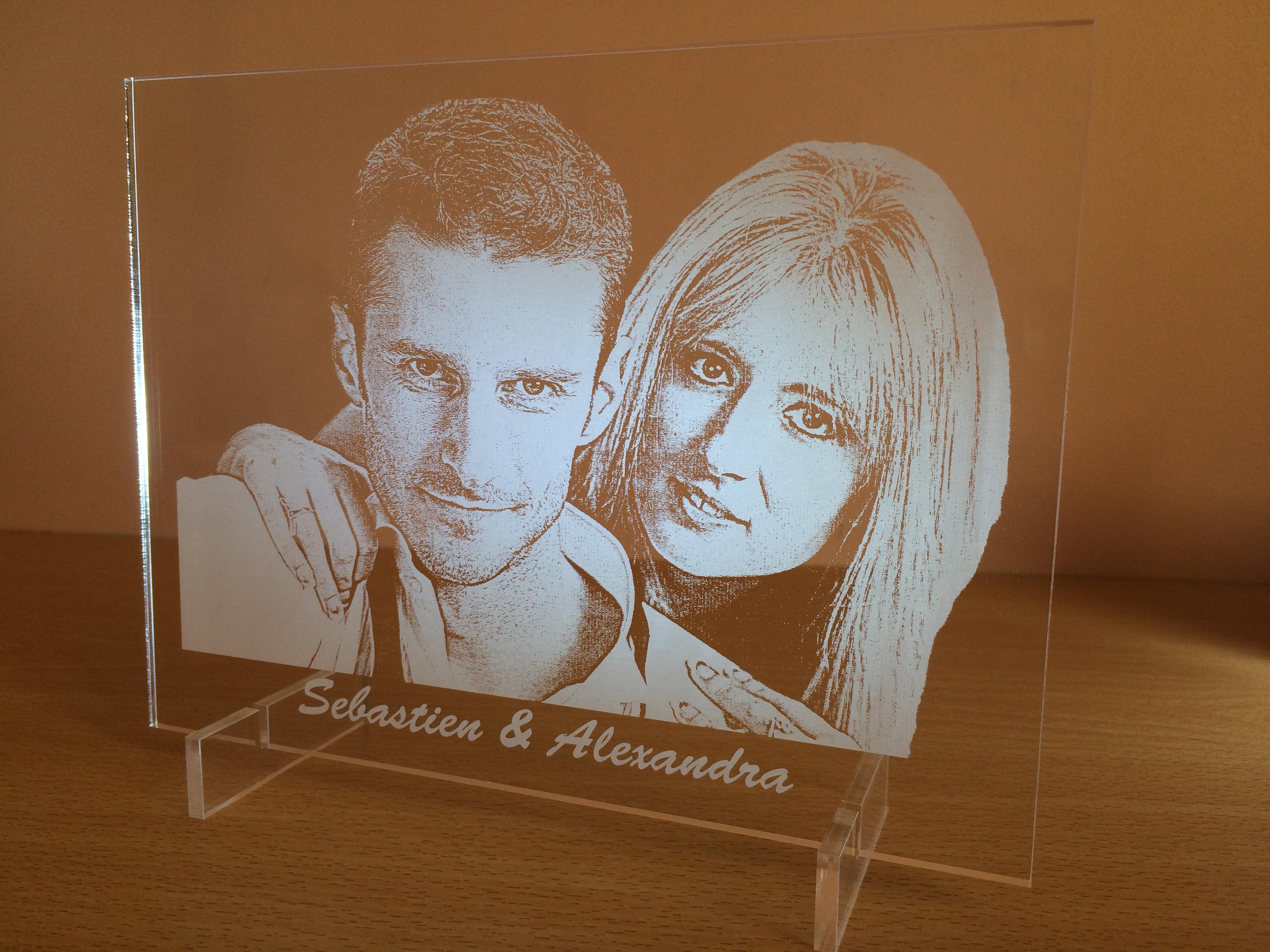 photo personnalis sur plexiglas cadeau unique mv 3d le. Black Bedroom Furniture Sets. Home Design Ideas
