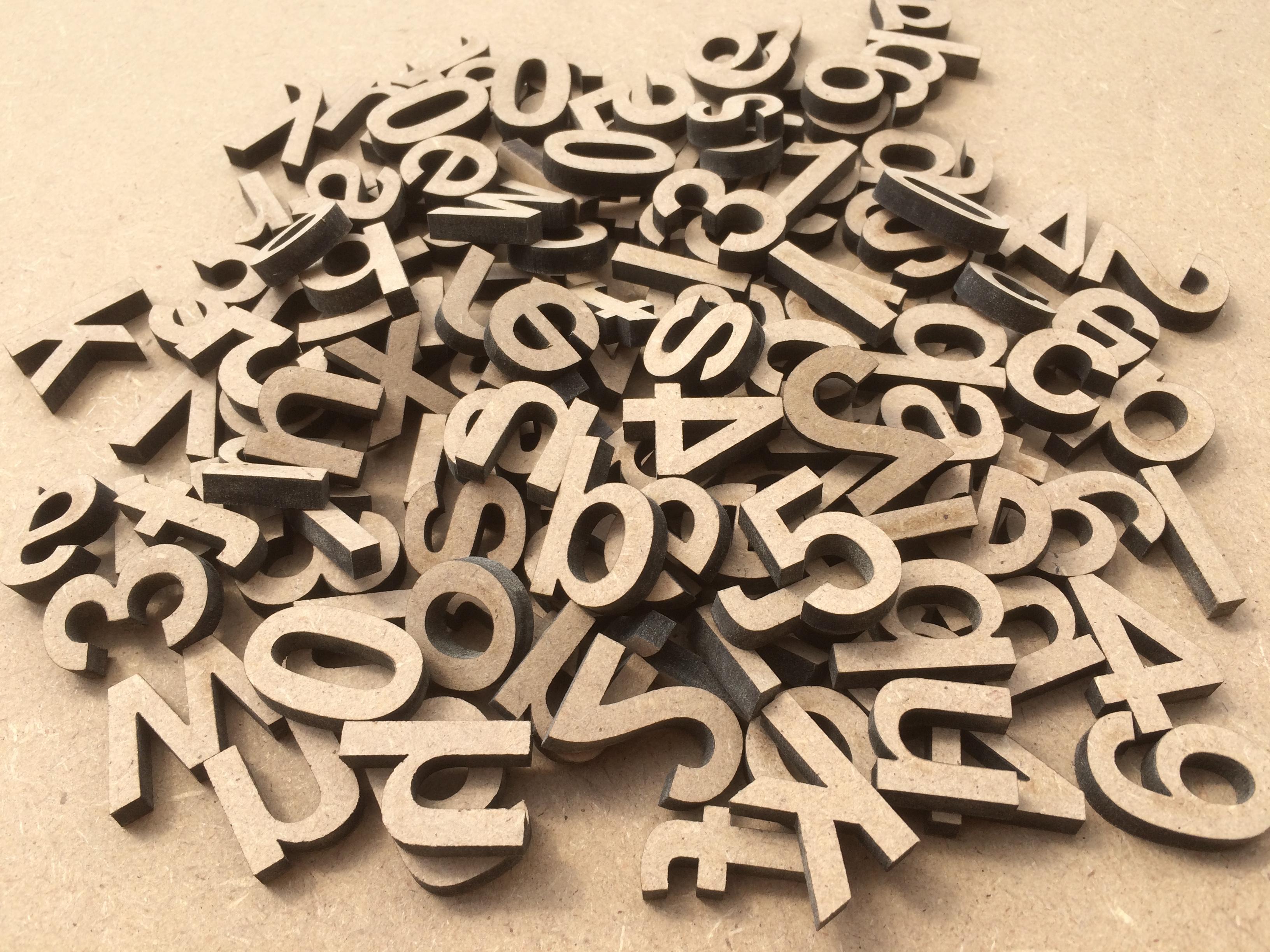 Lettres minuscules en bois lot de 100 pi ces l 39 alphabet - Lettre decorative en bois ...